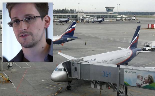 Edward Snowden's chances of reaching Venezuela 'are slim at best'