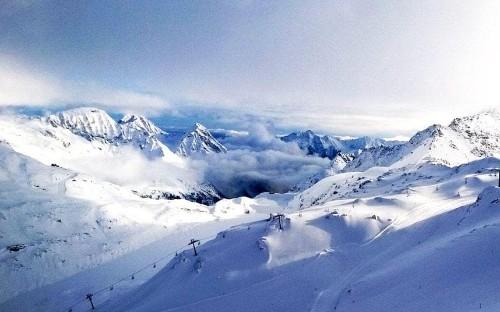 Schoolboy falls 1,640 feet in ski resort after taking a selfie
