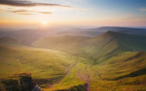 24 reasons why a trip to Wales is better than a holiday in the Med