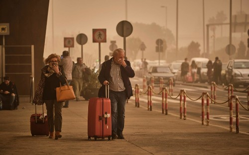 Canary Islands sandstorm: British holidaymakers stranded at airports after Saharan dust clouds wreak havoc