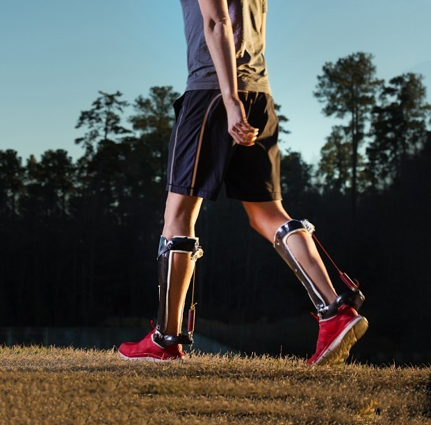 Exoskeleton boot to help walking makes wearers feel 4.5kg lighter