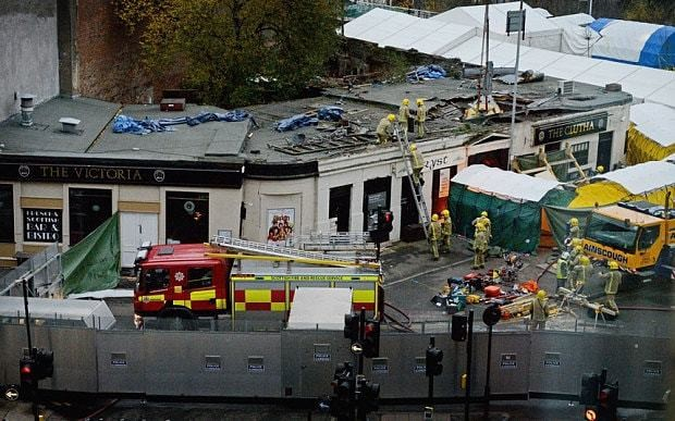 Clutha crash pilot 'continued flying after low fuel warnings'