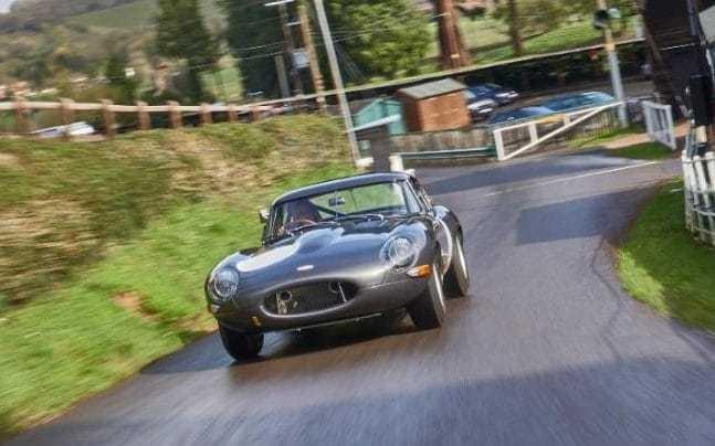Lightweight Jaguar E-type reborn