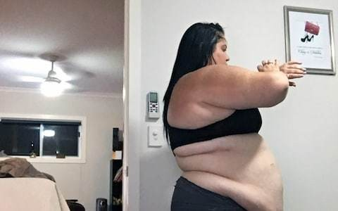 Woman addicted to McDonald's loses 16st in dramatic transformation