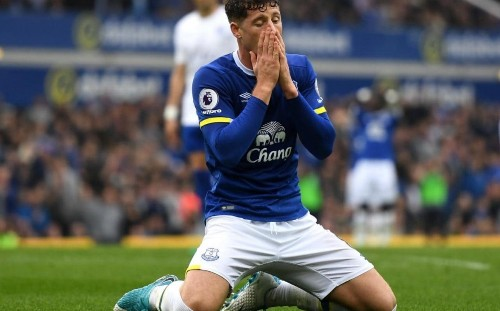 Ross Barkley told to sign new £100,000-a-week contract at Everton or be sold in the summer