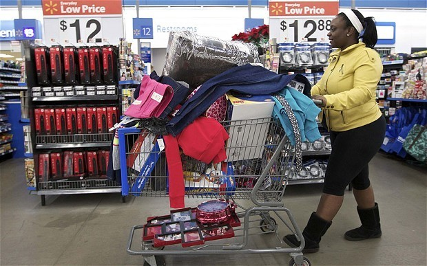 Wal-mart to use its customers to deliver products