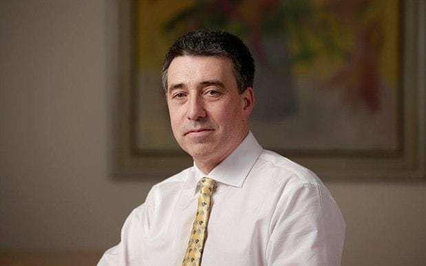 Santander UK chief latest bank boss to take pay cut as he donates £1m to coronavirus fund