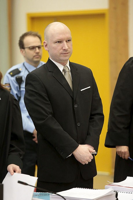 Mass killer Breivik compares himself to anti-apartheid leader Nelson Mandela