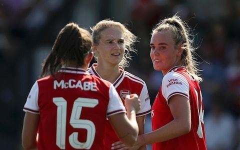 Arsenal put one foot into Women's Champions League last 16 thanks to Vivianne Miedema masterclass