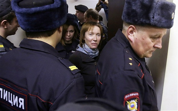 Russian court grants bail to Greenpeace doctor and photographer