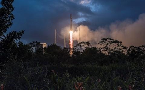 Branson-backed OneWeb to raise $1bn for its satellite internet mega-constellation