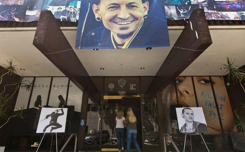 Linkin Park frontman Chester Bennington laid to rest in private funeral