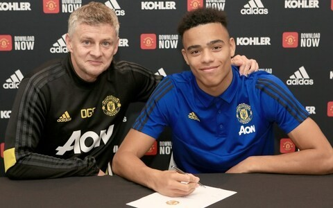 Mason Greenwood signs new contract to keep striker at Man Utd until 2023