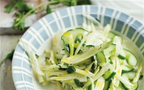 Grilled salad of courgette, radicchio, basil and mozzarella recipe