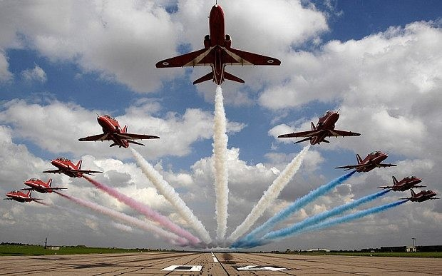Red Arrows issue warning after training session stopped by fans taking photos
