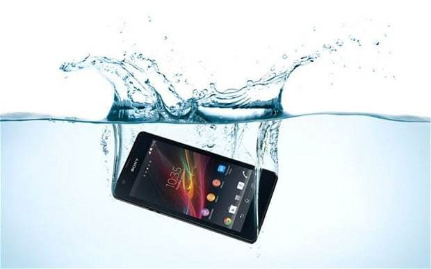 New coating could lead to waterproof mobile phones