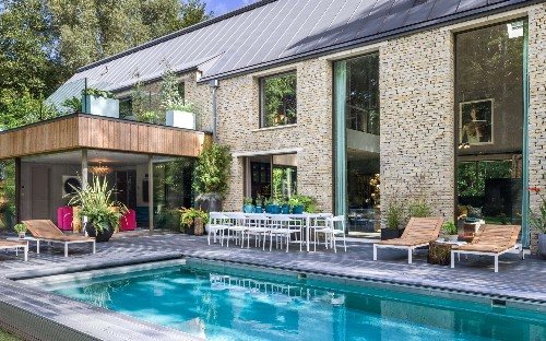 Nine of the most luxurious UK holiday houses with pools for 2020