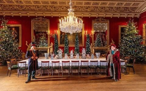 Christmas at Chatsworth House review - 3,000 guests per day are no problem for the Duke and Duchess of Devonshire