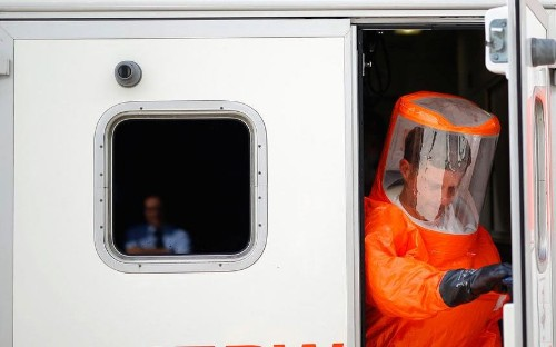 Ebola 'could become airborne': United Nations warns of 'nightmare scenario' as virus spreads to the US