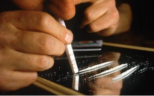 One in ten people who have never used cocaine have traces on fingertips