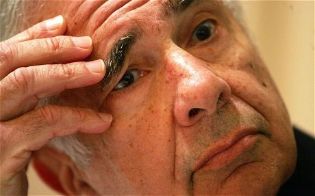 Carl Icahn: Apple's share price is half what it should be