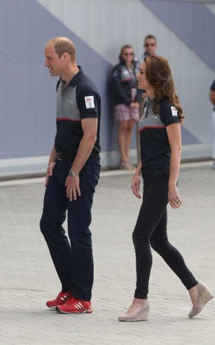 The Duchess of Cambridge does dress-down Sunday in skinny jeans at the America's Cup in Portsmouth