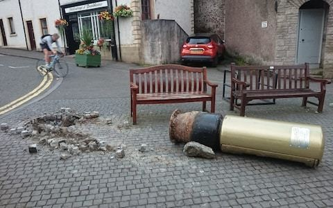 Andy Murray's gold postbox knocked down in car accident
