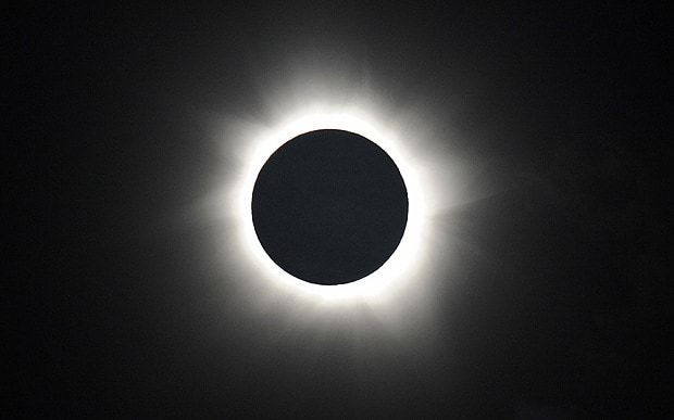 Solar eclipse 2015: When the light sinks and suddenly goes out