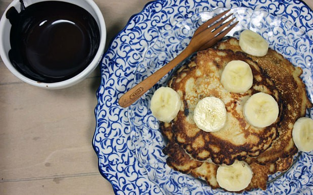 Gluten-free banana and chocolate pancake recipe