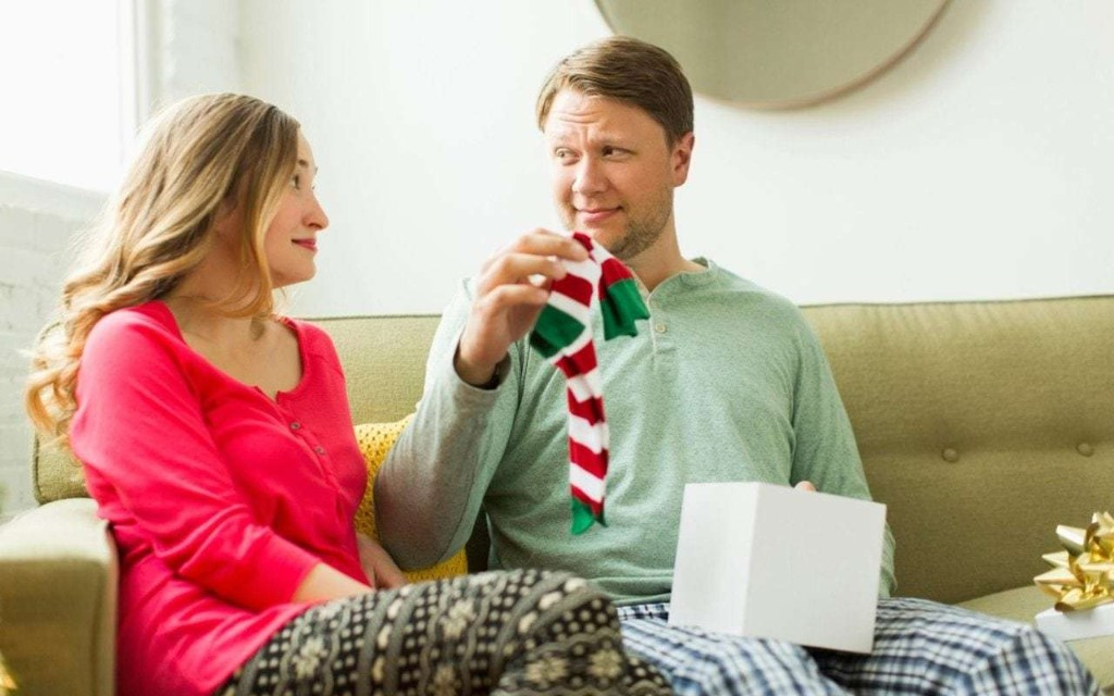 The 7 Christmas gifts that women always buy for their husbands… but really shouldn't