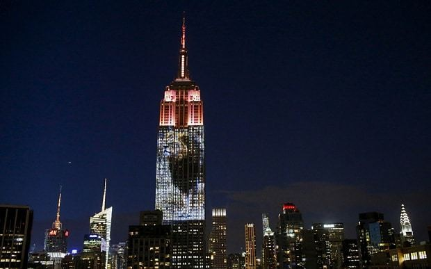 Cecil the lion projected onto Empire State Building