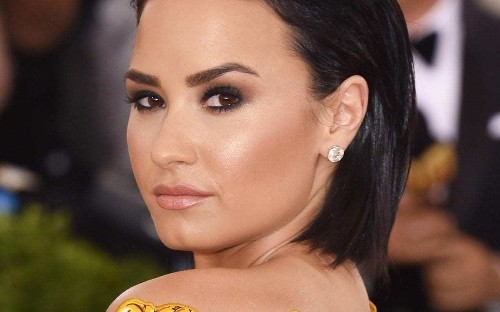 Singer Demi Lovato criticised by fans for sharing video of her mother joking about Zika virus
