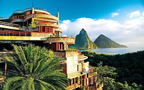Clifftop hotels around the world