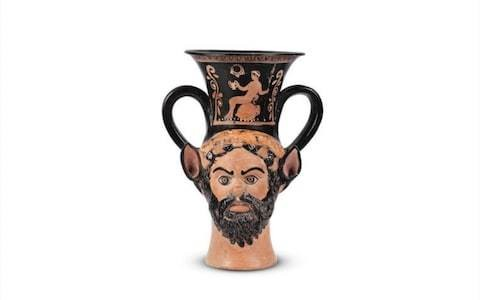 Bonhams withdraw ancient Greek drinking vessel from sale amid accusations it was excavated illegally