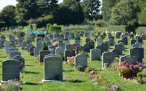 "Nicknames including ""popsicle"" banned on gravestones at Church of England church"