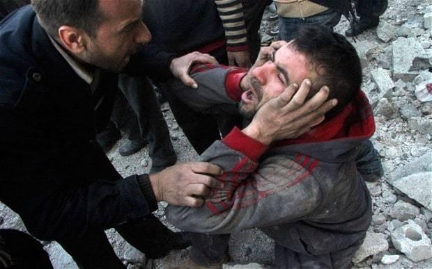Syrian regime's barrel bomb assault on Aleppo kills hundreds