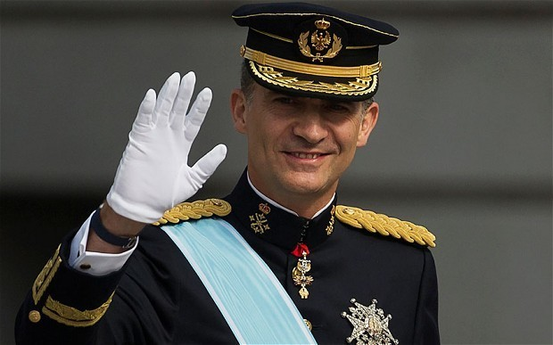 King of Spain cuts his own salary in austerity drive