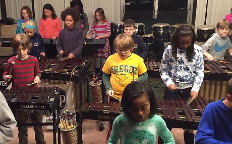 Children's orchestra play Led Zeppelin