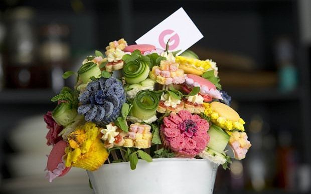 Make your mum edible flowers for Mother's Day
