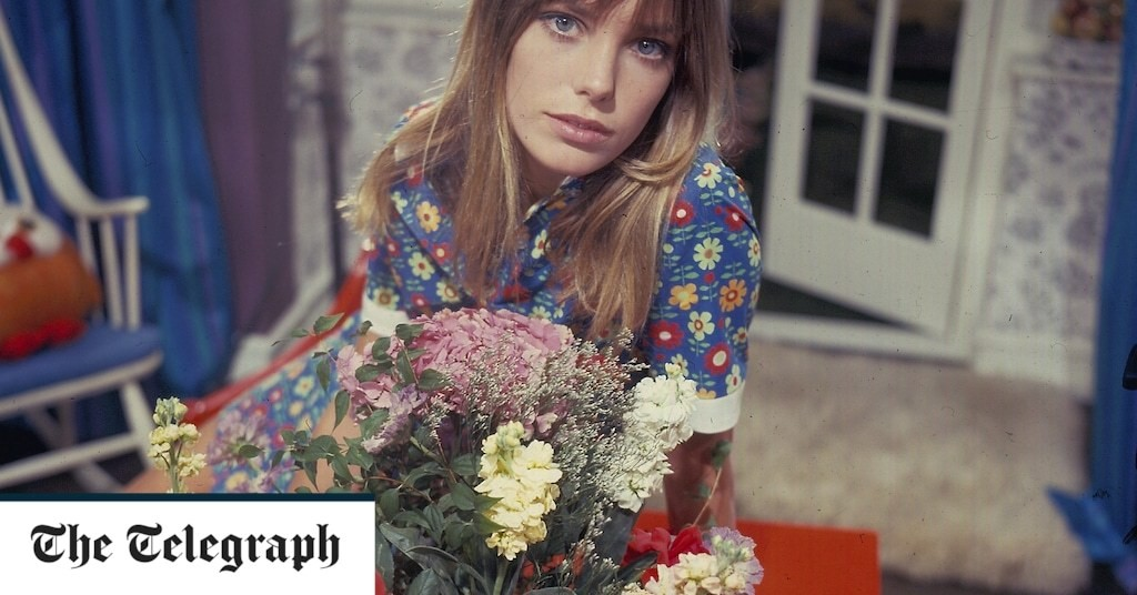 Exclusive extract: Jane Birkin's diaries – from schoolgirl dreams to Serge Gainsbourg's 'puppet'