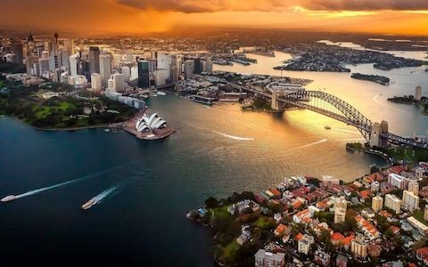 Everything you need to know about the record-breaking Qantas flight from London to Sydney