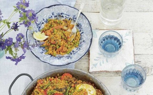 Deliciously Ella's vegetarian paella