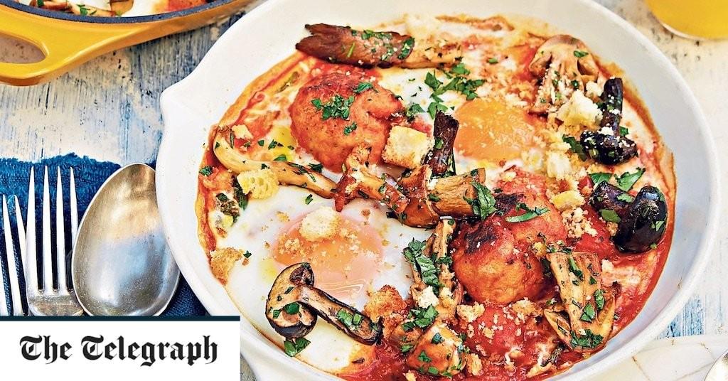 English breakfast baked eggs recipe