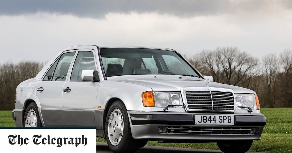 Rowan Atkinson to sell his Mercedes 500E – again