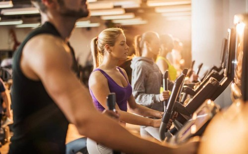Hybrid HIIT and Date-ercise: the new gym trends of 2019