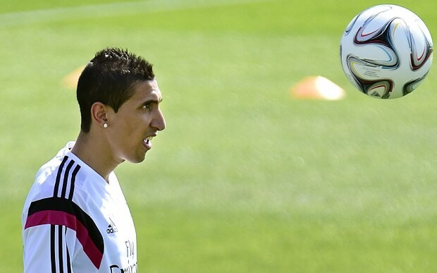 Angel di Maria could leave for Manchester United, admits Real Madrid coach Carlo Ancelotti