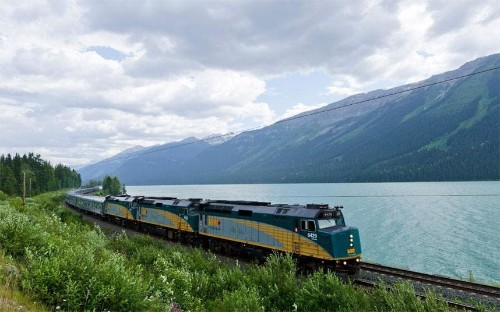 The Canadian: Great Train Journeys