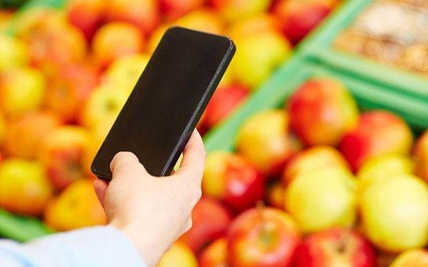 Shoppers could use mobile phones to look under fruits' skin