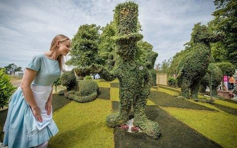 Alice in Wonderland rose garden was inspired by Oxfordshire park created by little-known RHS gardener