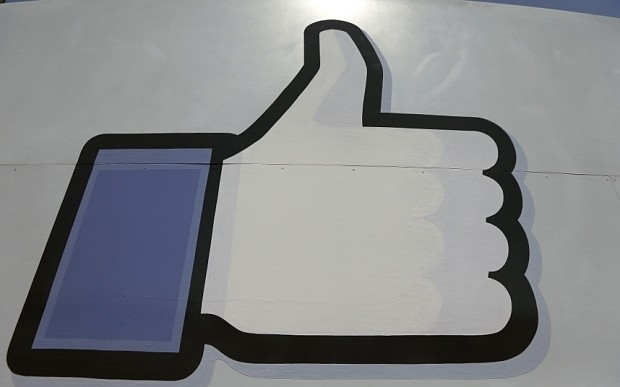 Facebook sets user record as more than 1bn people log on in single day
